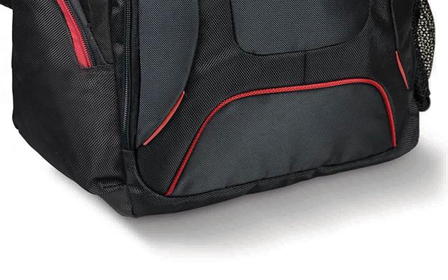 aa9970c4fd Le dessous du sac-à-dos est renforcé, plus la peine de craindre d'abîmer le  contenu de votre sac-à-dos lorsque vous le posez un peu trop brusquement au  sol.